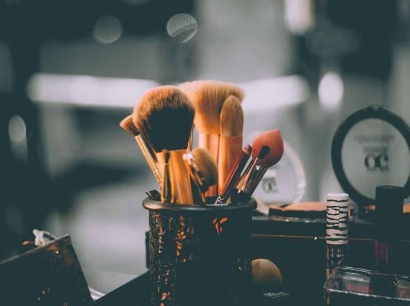 Pracownik salonu kosmetycznego